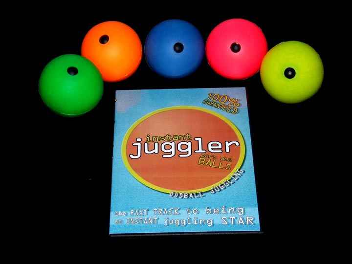 5 x MMX Balls + Ultimate Ball Juggling DVD + Instant Juggler - Balls DVD