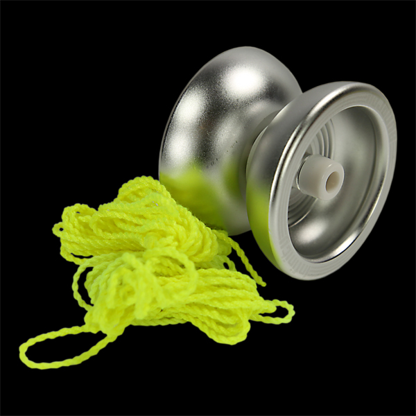 Infinity Synergy Yoyo and 5 x Primo Yoyo Strings